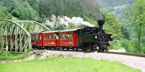 إكتشاف وادي زيلرتال بالقطارالبخاري