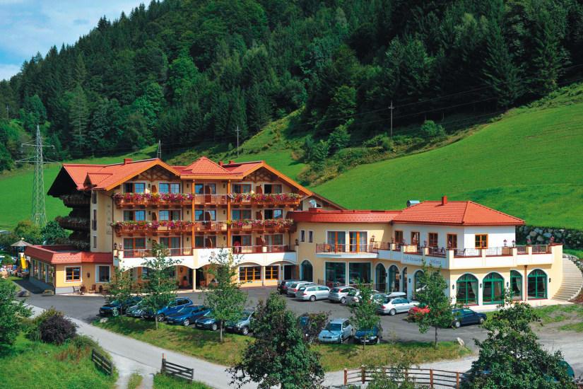 hotel-seeblick-goldegg-large