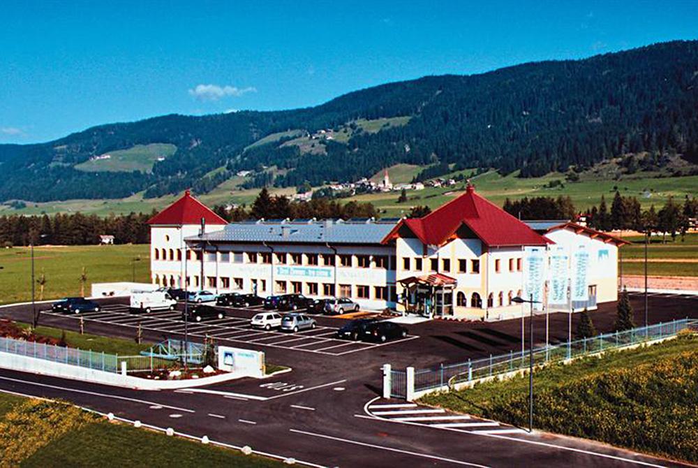 مصنع الثلاثة قمم لإنتاج الألبان والأجبان في جنوبتيرول