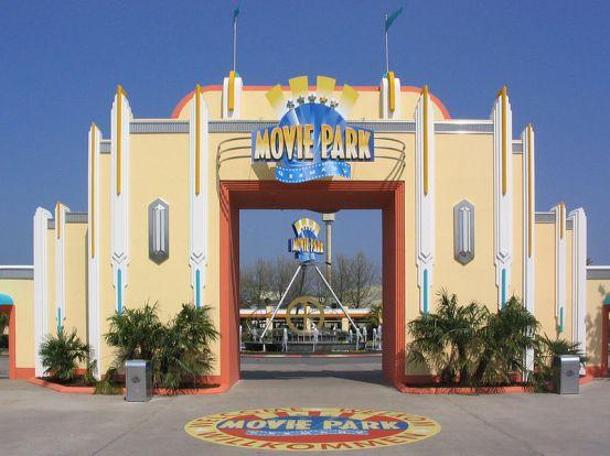 800px-Moviepark-Tor