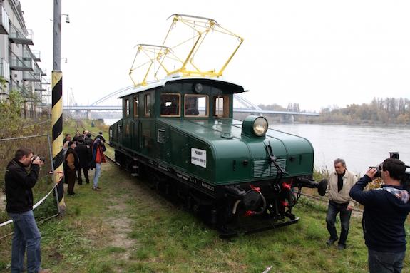 إعادة تشغيل قطار تاريخي بين فييناوبراتيسلافا