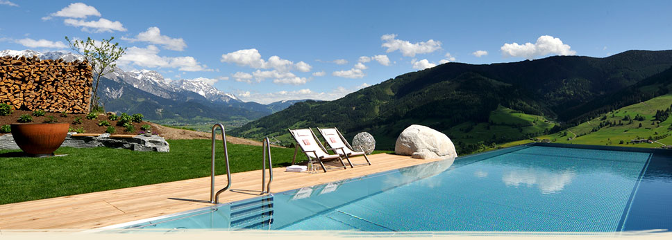 bogner_chalet_pool_tag