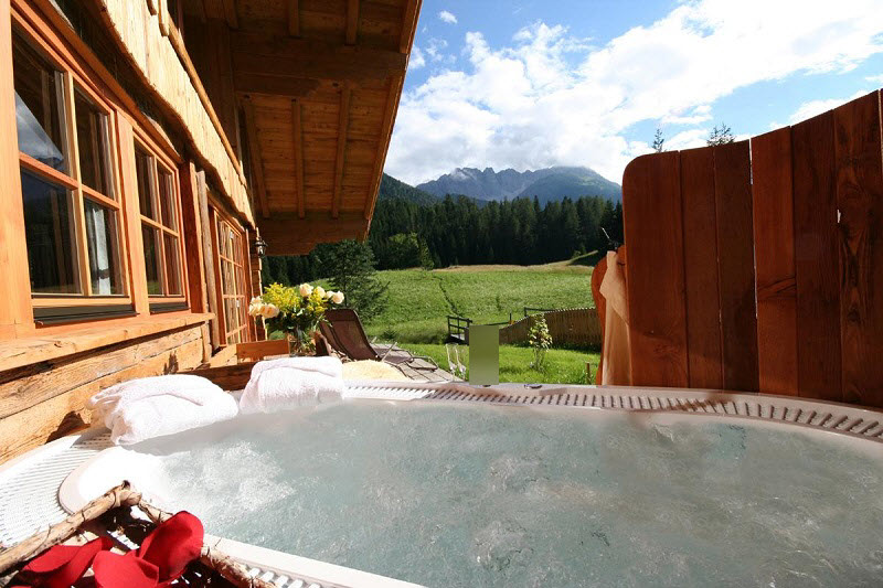 chalet_whirlpool