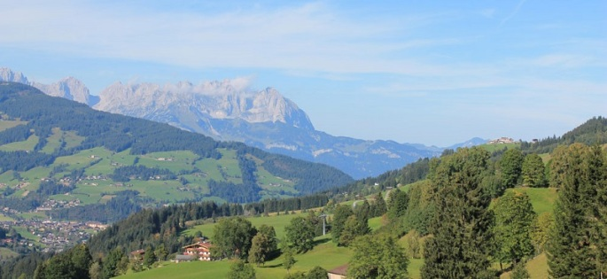 Maierl-Alm-und-Chalets-Panorama