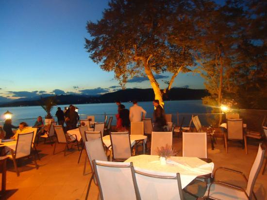 maria-loretto-restaurant