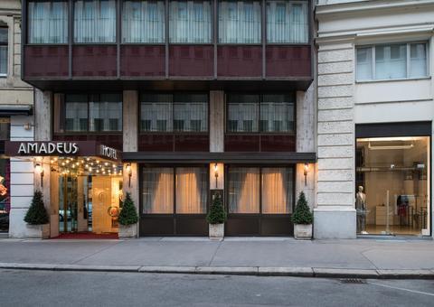 2241284-Hotel-Amadeus-Vienna-Hotel-Exterior-3-DEF