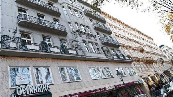 Das-Opernring-photos-Exterior