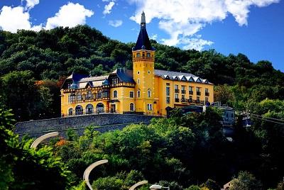 1465349847-vetruse-hotel-restaurant-1