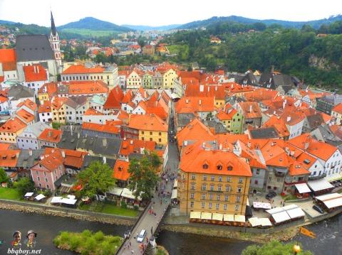views-from-castle-Cesky-Krumlov-czech-republic-1