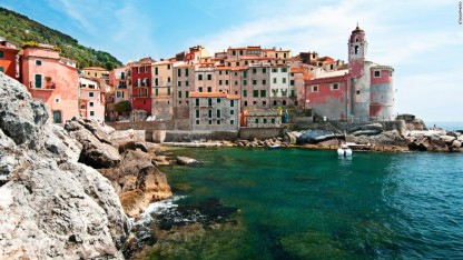 131106145829-travel-and-leisure-euro-village-tellaro-horizontal-large-gallery