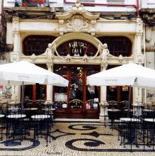 history-famous-cafe-majestic-porto-exterior-decor
