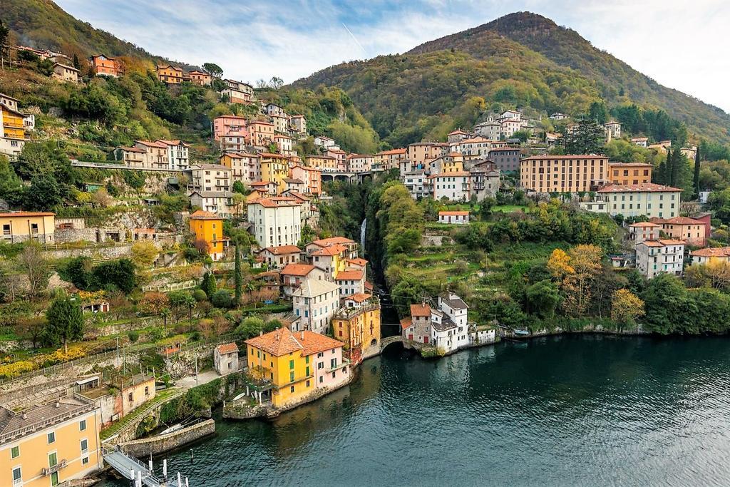قرية نيسو الإيطالية