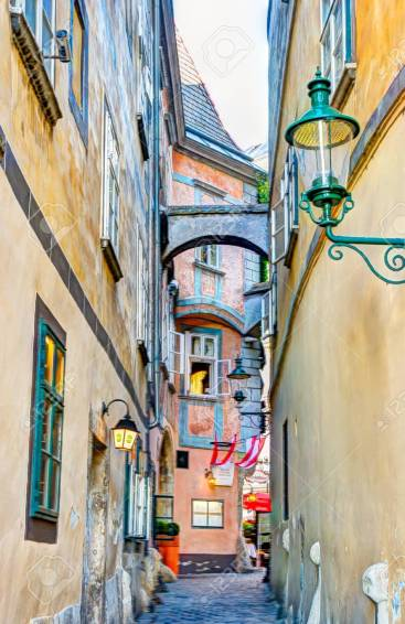 Narrow alley in the old town of Vienna