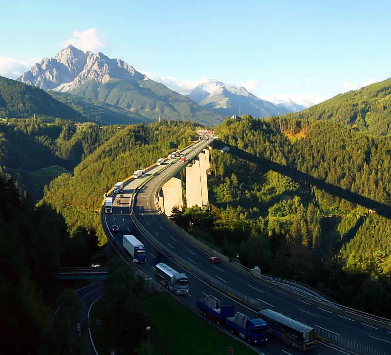 """جسر أوروبا """" Europabrücke"""""""